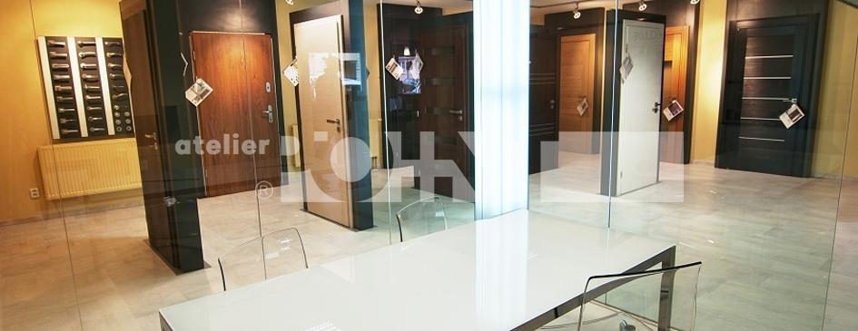 Showroom oken a dveří